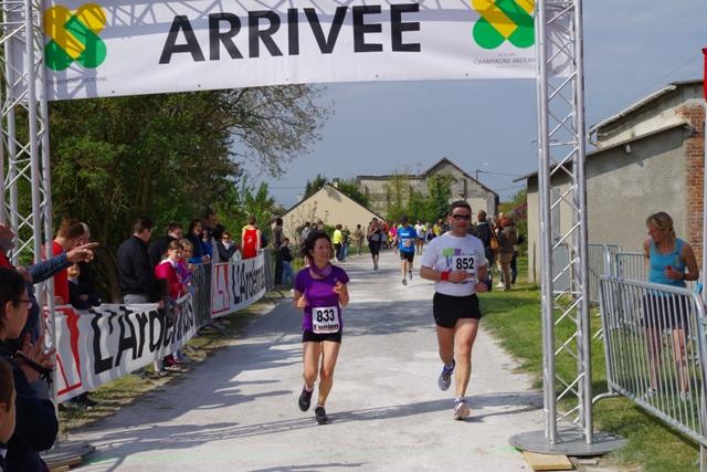 Arrivée 10km d'Avaux 2014