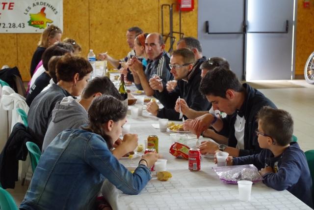 Repas des 10km d'Avaux 2014
